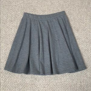 Woman's Abercrombie and Fitch grey skirt